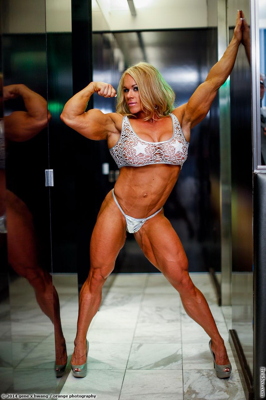 Muscle women porn clips