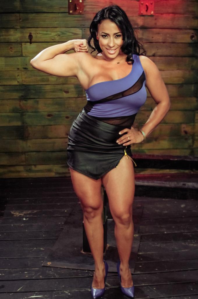 female muscle muscular women nude female bodybuilder